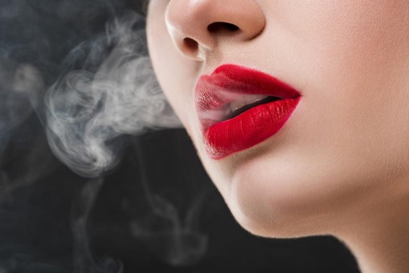 """4 ข้อที่เข้าใจผิดเกี่ยว """"บุหรี่ไฟฟ้า"""" ที่เราควรศึกษาไว้"""